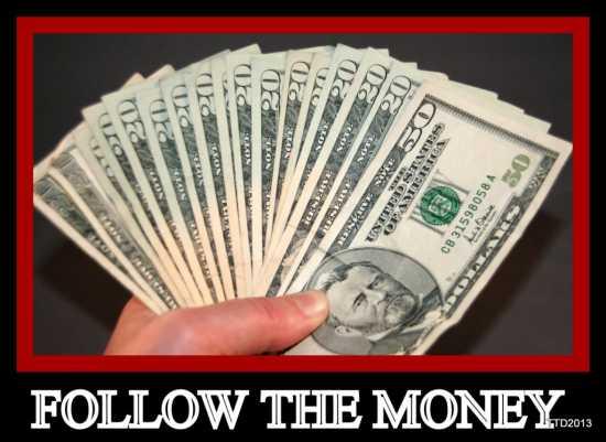1-MoneyHand020208-550
