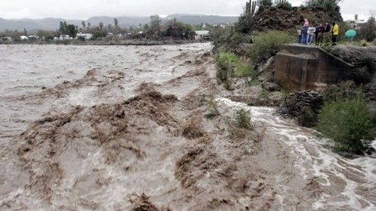 West Coast Storms Cause Arizona Flooding KPHO