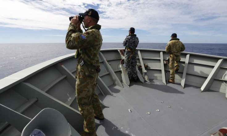 ABIS NICOLAS GONZALEZ/AFP/AUSTRALIAN DEFENCE/GETTY IMAGES Fresh signals have been picked up Australian ship in the search for missing Malaysian flight MH370.